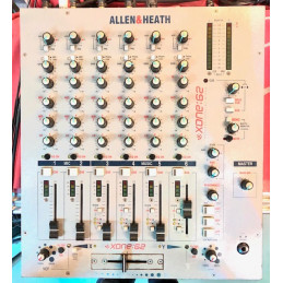 ALLEN & HEATH XONE 62 MIXER...