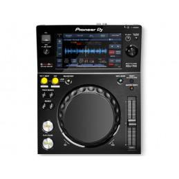 XDJ-700 Compact Digital Deck